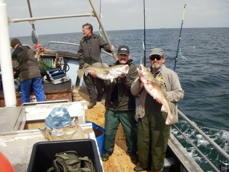 Torben og Aage fremviser 2 flotte torsk på 6,5kg!!